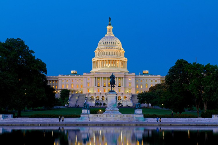 washington-dc-capitol-at-night (1)